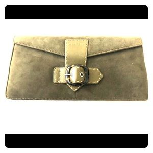Beautiful Olive Via Spiga clutch w/shoulder strap
